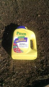 Review: Preen Organic Vegetable Garden Weed Preventer